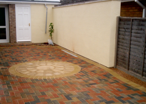 SPA paving - Worcester driveway with step