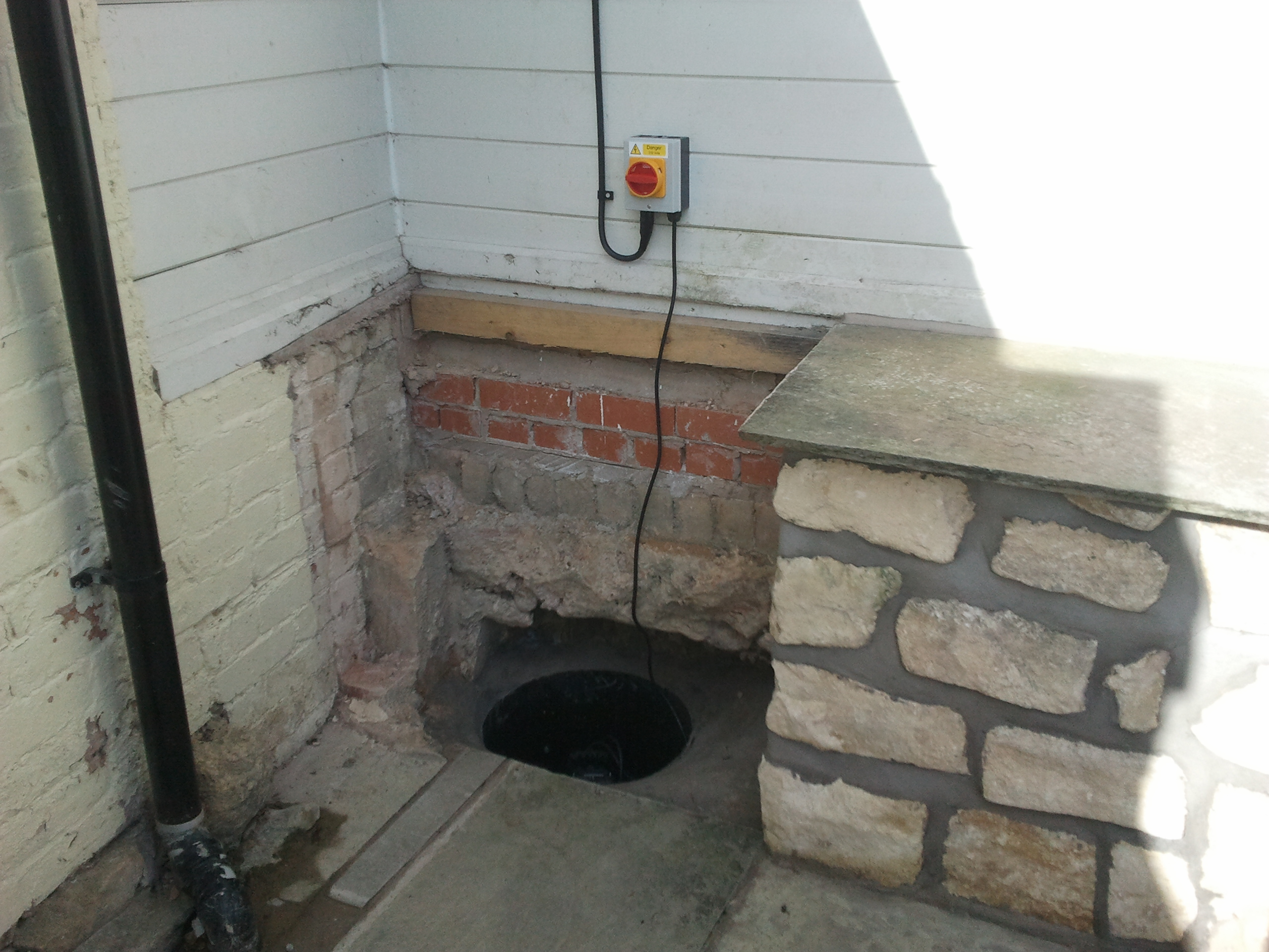 how to build a sump pit